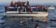 """Ces réfugiés syriens et irakiens arrivant à la côte grecque, seraient des """"illégaux"""". Et susceptible d'être renvoyés en Turquie. Mais le """"deal"""" avec Erdogan ne fonctionne pas. Heureusement. Foto: Ggia / Wikimedia Commons / CC-BY-SA 4.0int"""