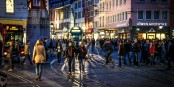 Immer mehr Menschen bevölkern Freiburg - Details legt das Statistische Jahrbuch dar. Foto: Bicker.