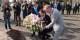 Benoît Hamon et Serge Oehler déposent, en présence du Colonel Aziz Meliani, de l'adjoint Paul Meyer et de l'adjoint Jean Baptiste Gernet, une gerbe au cimetière militaire de Cronenbourg. Foto: Eurojournalist(e)