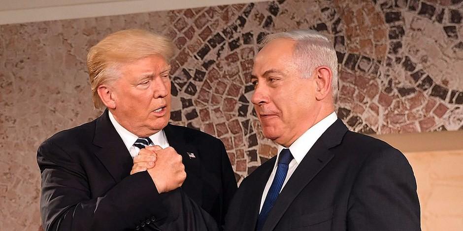 Trump et Nathanyahu - pas des personnages sympathiques, mais il faudra quand même les gérer. Macron les gère... Foto: US Embassy Tel Aviv / Wikimedia Commons / PD