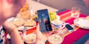 """Die Newsfunktion der badenova-App """"wunderfitz"""" hilft beim Start in den Tag. Foto: badenova"""
