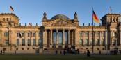 Aujourd'hui et pour la première fois depuis la IIe Guerre Mondiale, des élus d'extrême-droite entrent au Reichstag à Berlin. Une honte pour l'Allemagne. Foto: Jürgen Matern / Wikimedia Commons / CC-BY-SA 3.0