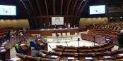 """Le """"Forum mondial de la démocratie"""" à Strasbourg. Boudé par les Grands de la politique. Foto: Eurojournalist(e) / CC-BY-SA 4.0int"""