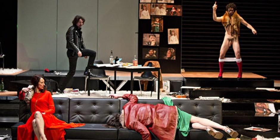 """Öh, ja, dann mal ein besinnliches Fest mit """"Ich bin Fassbinder"""" im TNS in Strasbourg... Foto: TNS / Jean-Louis Fernandez"""