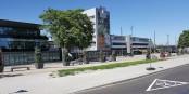 A gauche sur la photo, le Centre de Placement Transfrontalier situé à la gare de Kehl. Foto: PhiCo / Wikimedia Commons / CC-BY-SA 4.0int