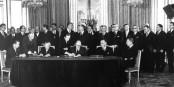 """Heute vor 55 Jahren unterzeichneten Konrad Adenauer und Charles de Gaulle den Elysée-Vertrag. Kommet jetzt """"Elysée 2.0""""? Foto: Bundesarchiv B-145-Bild-P106816 / Unknownwikidata / Q4233718 / Wikimedia Commons / CC-BY-SA 3.0"""