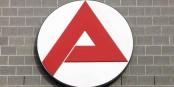 Lorsque vous voyez ce logo, votre prochain poste n'est plus très loin... Foto: Bettenburg at German Wikipedia / Wikimedia Commons / CC-BY-SA 2.0