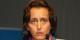 Bei den großen Pupillen fragt man sich, was diese Frau so durch die Nase zieht. Foto: Blu-news.org / Wikimedia Commons / CC-BY-SA 2.0