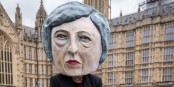 Theresa May, RIP Brexit dur  Foto:AVAAZ / Wikimédia Commons / CC-BY-SA 1.0 PD