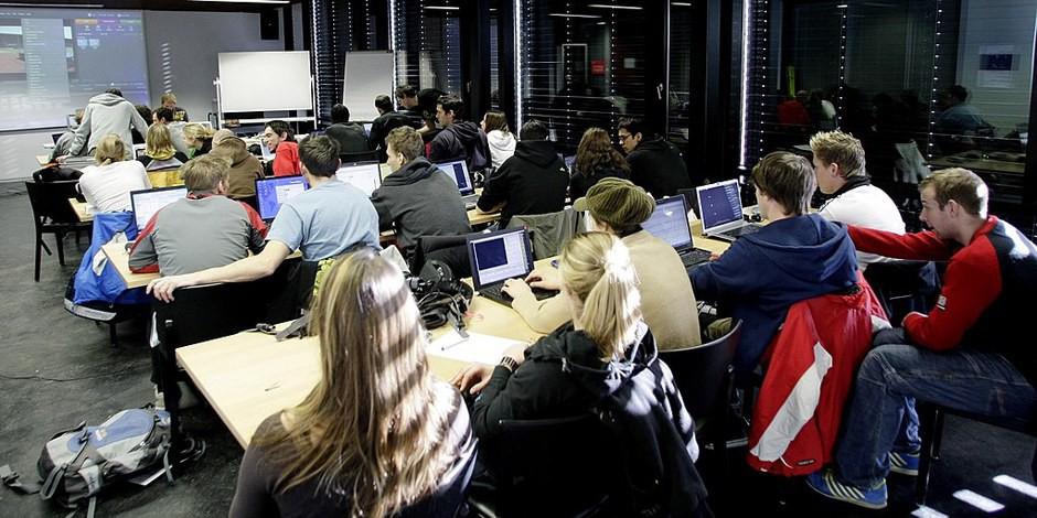 Statt die Qualität der Bildung zu steigern, wird sie erstmal gesenkt... Foto: Weblibas / Wikimedia Commons / CC-BY-SA 4.0int