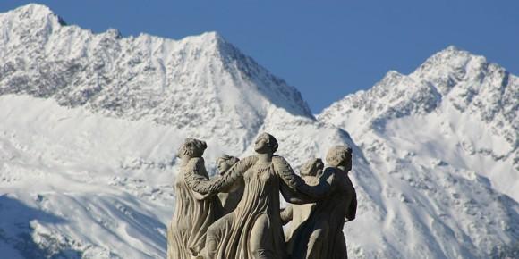 Les montagnes à Meran/Merano, Tyrol du Sud  Foto: C. Cossa / Wikimédia Commons / CC-BY-SA 3.0Unp