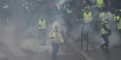 """""""Dqs sind keine 'Gelbwesten'"""", sagen die """"Gelbwesten"""". Aber was sind diese Leute dann? Foto: Eurojournalist(e) / CC-BY-SA 4.0int"""