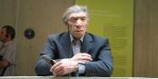L'homme de Neandertal en costume moderne, à quelques lieues de Francfort  Foto: Einsamer Schütze / Wikimédia Commons / CC-BY-SA 4.0Int