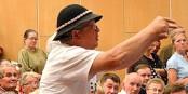 Un groupie du président Kaczynski. Il porte un chapeau de berger des Tatras  Foto:  Silas / Wikimédia Commons / CC-BY-SA 3.0Unp