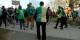 """Die große Illusion """"Fin du monde - fin de mois - même combat"""" - die halb gewendete Weste eines Mitläufers beim Klimamarsch Straßburg am 16.3. Foto: Michael Magercord / EJ"""