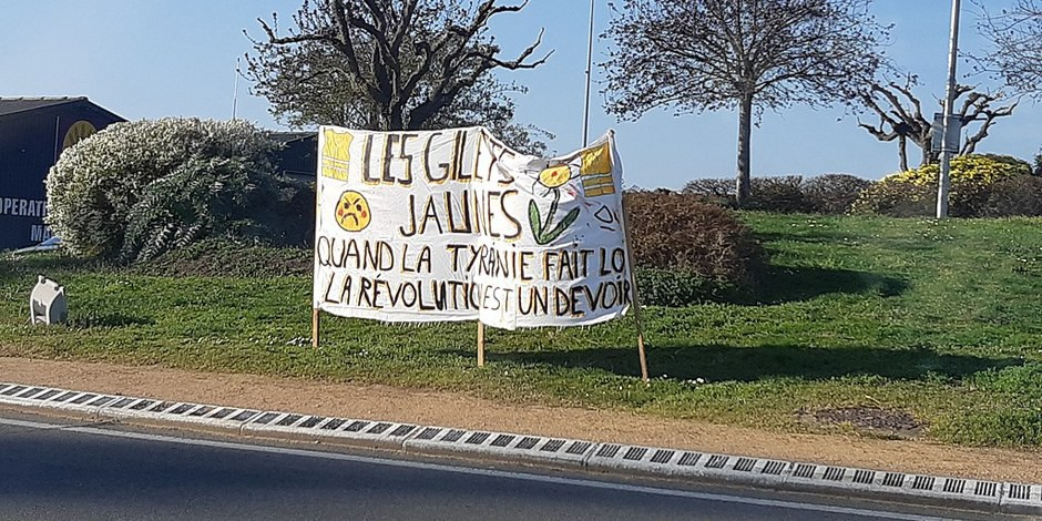 """""""Wenn Tyrannei Gesetz wird, wird Revolution Pflicht"""" - man sollte keine Fremdwörter benutzen, deren Bedeutung man nicht kennt... Foto: Tyseria / Wikimedia Commons / CC-BY-SA 4.0int"""