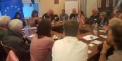 Workshop bei der Veranstaltung der Europaunion in Kehl - Rebecca Harms (Grüne) in einre angeregten Diskussion. Foto: Eurounion Ortenau / Margarethe Leonhart