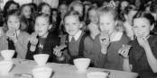 Kostenloses Schulfrühstück gab es schon in den 50er Jahren in Norwegen... Foto: Ragnar Johnson / Wikimedia Commons / CC-BY-SA 3.0