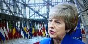 Dieser Frau würde man keinen Gebrauchtwagen abkaufen - aber die EU tanzt weiter nach ihrer  Pfeife. Foto: ScS EJ