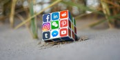 """Les """"médias sociaux"""" - cadeau ou malédiction ? Foto: Today Testing / Wikimedia Commons / CC-BY-SA 4.0int"""
