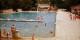 Une piscine est un endroit destiné à la récréation. Dommage que certains n'ont pas compris ce concept pourtant assez simple... Foto: Anidaat / Wikimedia Commons / CC-BY-SA 4.0int