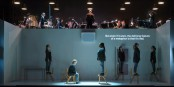 """Szene aus der bedrückenden Oper """"4.48 Psychosis"""". Foto: Stephen Cummiskey ROH"""