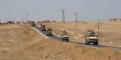 Gestern fuhren amerikanische und türkische Militärs Patrouille in Nordsyrien. Die Amerikaner werden nun durch Russen ersetzt. Foto: Spc. Alec Dionne / Wikimedia Commons / PD