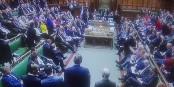 Zum Glück werden die britischen Abgeordneten nicht ergebnisorientiert bezahlt - sonst müsste man für sie sammeln... Foto: ScS EJ