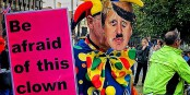 Pourtant, ce clown mène largement dans les sondages... Foto: Garry Knight from London, England / Wikimedia Commons / CC0 1.0