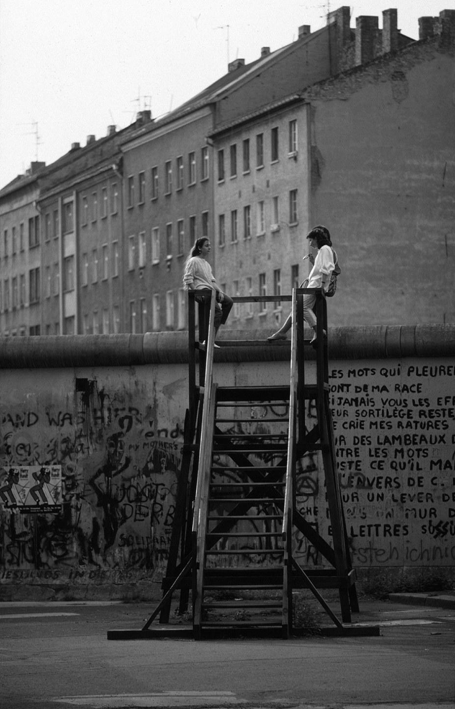 Le même gris entre Kreuzberg et Berlin-Mitte / Das gleiche Grau zwischen Kreuzberg und Berlin-Mitte... Foto: (c) Michael Magercord / ROPI