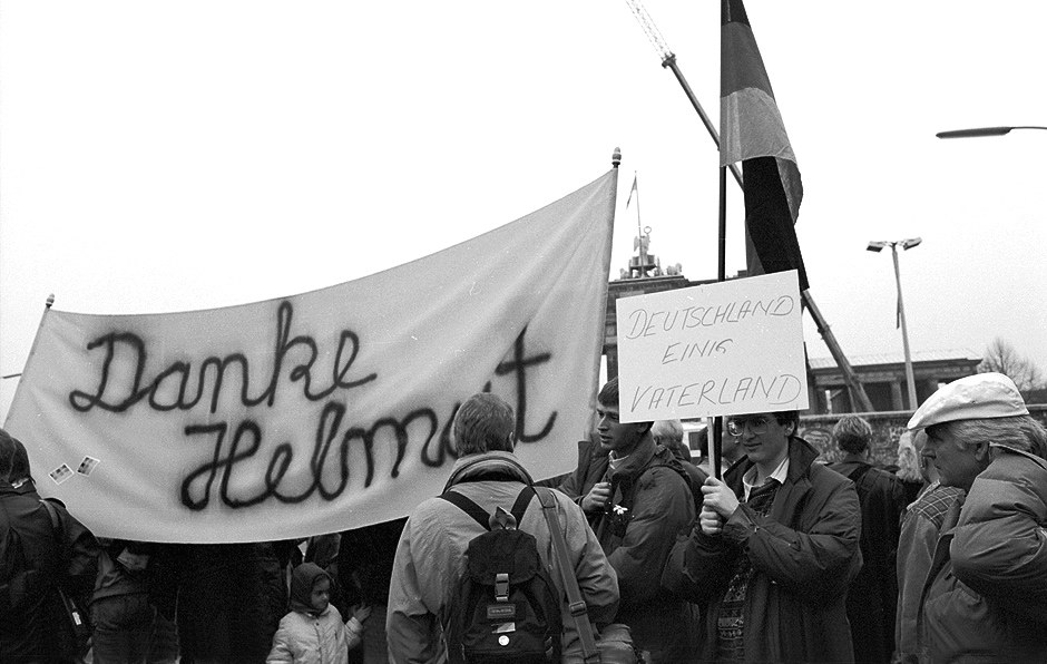 Merci Helmut - mais pour quoi au juste ? / Danke, Helmut - wofür eigentlich? Foto: (c) Michael Magercord / ROPI