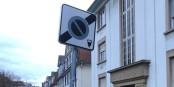 Hinter diesem Schild ist Parken kostenfrei erlaubt. Aber schauen Sie mal auf das Photo am Ende des Artikels... Foto: privat