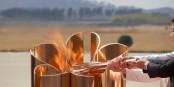 Die olympische Flamme können sie in Japan gleich wieder ausblasen - die Spiele in Tokyo 2020 werden nicht wie geplant stattfinden können. Foto: ScS EJ