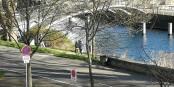 Bei dem schönen Wetter geht doch nichts über ein Jogging zu dritt. Wie bescheuert ist eigentlich ganz bescheuert? Foto: C Faivre