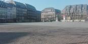 Sieht friedlich aus, eine Stadt mit Ausgangssperre... aber der Ton veschärft sich schon am Tag 4. Foto: Eurojournalist(e) / CC-BY-SA 4.0int