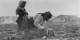 Ein Foto, das den Herren Gauland und Merz, aber auch der CDUSPDFDP Freude macht - ideal ist es für uns, wenn die Flüchtlinge vor Ort verrecken. Der europäische Zynismus ist ekelhaft. Foto: George Grantham Bain Collection / Wikimedia Commons / PD