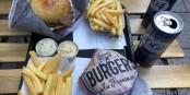 """Getestet und für 1a befunden - die """"Stück-Burger"""". Foto: Mats Meeussen / CC-BY-SA 4.0int"""