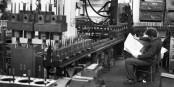 Kurzarbeit ist auf jeden Fall besser als die Arbeitslosigkeit... Foto: Bundesarchiv, Bild 183-1990-1001-001 / Wikimedia Commons / CC-BY-SA 3.0