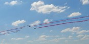 """Am Donnerstag einmal quer über das Elsass - die """"Patrouille de France"""". Foto: Ibex93 / Wikimedia Commons / CC-BY-SA 4.0int"""