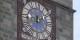 """Sic transit gloria mundi, steht unter der Uhr, so vergeht der Ruhm der Welt. Gilt auch für die """"Macronie"""". Foto: Aisano / Wikimedia Commons / Free Art License"""