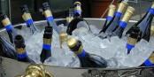 Keine Sorge, der Champagner wird uns so schnell nicht ausgehen. Vornehm geht die Welt zugrunde... Foto: Harald Bischoff / Wikimedia Commons / CC-BY-SA 3.0