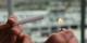 Allumer une cigarette dans un lieu public, devient un geste de moins en moins anodin. Foto: Lindsay Fox / Wikimedia Commons / CC-BY 2.0