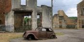 Die Zeit ist am 10. Juni 1944 in Oradour-sur-Glane stehen geblieben. Wir dürfen dieses Verbrechen nie vergessen. Foto: TwoWings, slight edit by Calibas / Wikimedia Commons / CC-BY-SA 3.0