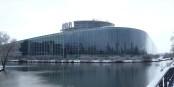 Le Parlement Européen sous la neige... et les eurodéputés pris dans les glaces du gel médiatique ? Foto:  Julien Humbert / Wikimedia Commons / CC-BY-SA 3.0