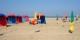 La plage de Deauville où l'on ne se bouscule pas... Foto: Pinpin / Wikimedia Commons / CC-BY 2.0
