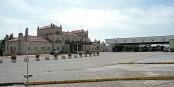 Aduana – Alfândega, le poste frontière de  Fuentes de Oñoro -  Vilar Formoso. Foto: Dennis Jarvis / Wikimedia Commons / CC-BY-SA 2.0