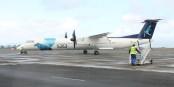 DeHavilland Dash 8-400 sur le tarmac de l'aéroport de l'île de Pico. Foto: Ruben JC Furtado / Wikimedia Commons / CC-BY-SA 3.0