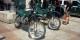 """Les enquêteurs du """"SeProNa"""" se déplacent à moto pour se rendre rapidement dans des sites peu accessibles aux voitures. Foto: Antonio Vera / Wikimedia Commons / CC-BY-SA 2.0"""