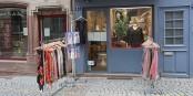 Ne pas se laisser abattre, continuer à lutter - La Boutique Marie au pied de la Cathédrale. Foto: Eurojournalist(e)