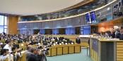 Keine Abstände, keine masken - ob das Europäische Parlament in Brüssel so viel besser aufgehoben ist als in Strasbourg?... Foto: (c) European Union 2020